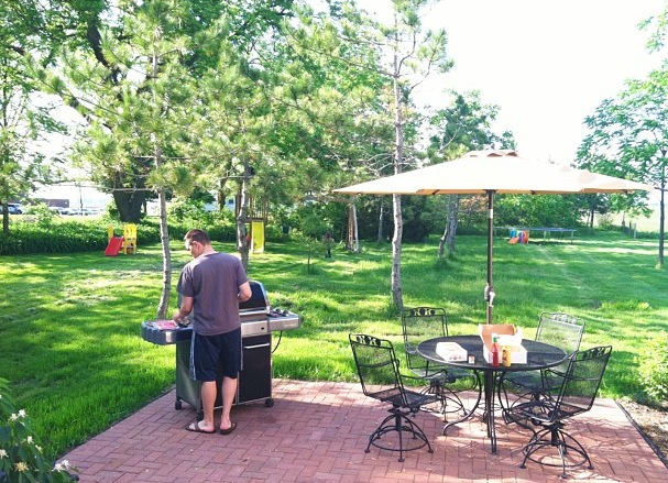 backyard grilling, DIY patio. | whitehouseblackshutters.com