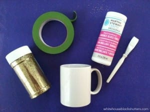 LOVE this DIY glitter dipped coffee mug! it's easy to make and dishwasher safe too