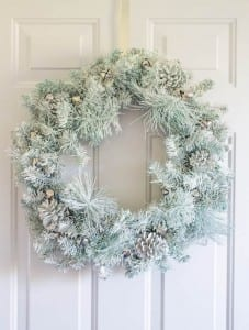 update your tired wreath with spray paint & this secret ingredient.