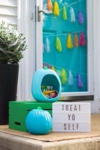 Treat Yo Self! Teal Pumpkin Project Treat Bowl #tealpumpkinproject